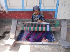 Tetabatu village weaving